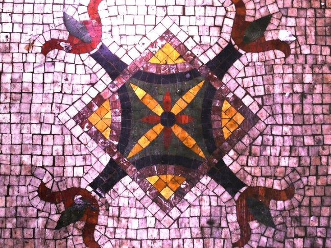mosaic detail, alt space detroit house (altspacedetroit.org)